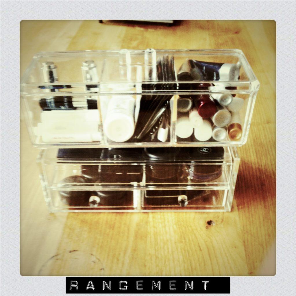 Rangement maquillage 2 fais pas ta steph - Astuce rangement maquillage ...