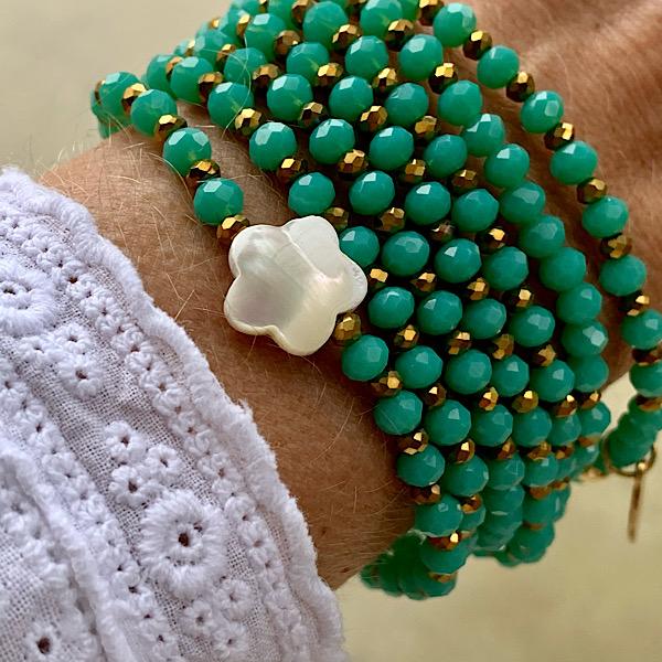 Sautoir Fanfan en perles à facettes de couleur verte