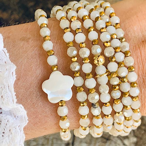 Sautoir Flore en perles à facettes blanc vintage